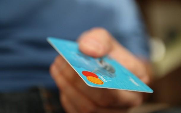 Confiança do consumidor cresce 1,4 ponto em setembro, diz FGV