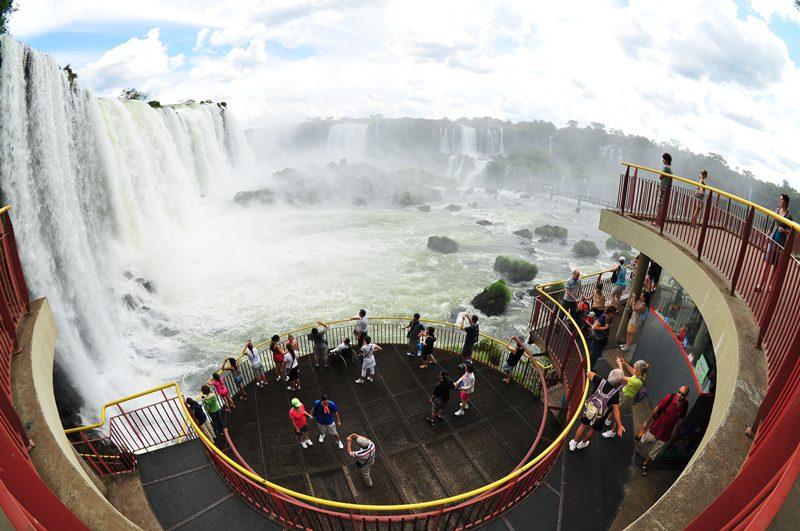 Foz do Iguaçu comemora: hotéis têm ocupação de 89% no feriado
