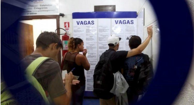 IBGE: Desemprego recua para 12,4% em setembro, mas Brasil ainda tem 13 milhões de pessoas desocupadas