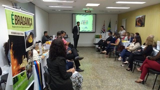 Apresentação dos destinos juninos de 2018 com Cristiano Borges, coordenador-geral de Produtos Turísticos (Foto: divulgação