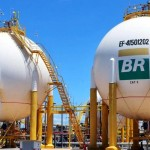 Petrobras reduz preços da gasolina em 3,8% a partir de sexta; diesel também cai