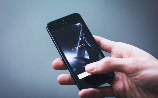 Uber deverá pagar salário mínimo a motoristas em Londres