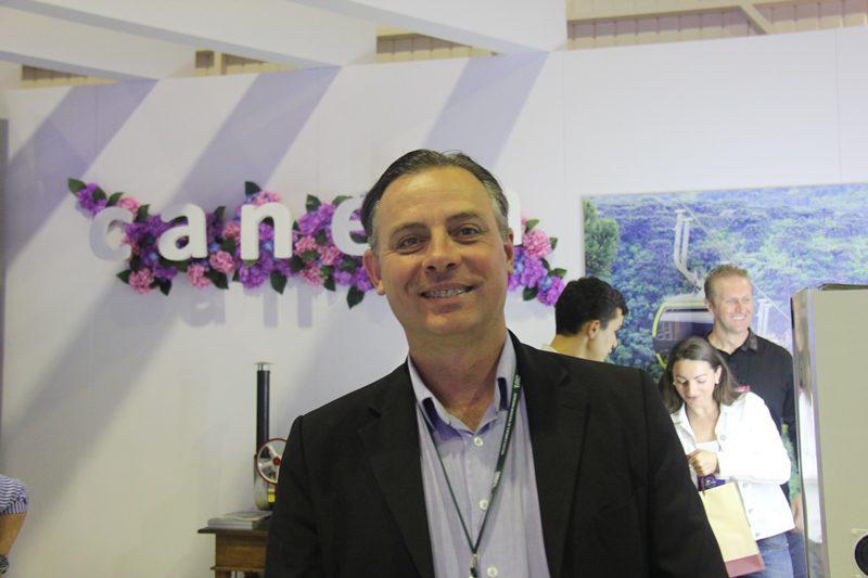 """Angelo Sanchez, secretário de turismo de Canela: """"trabalhamos a questão sensorial do turista"""""""