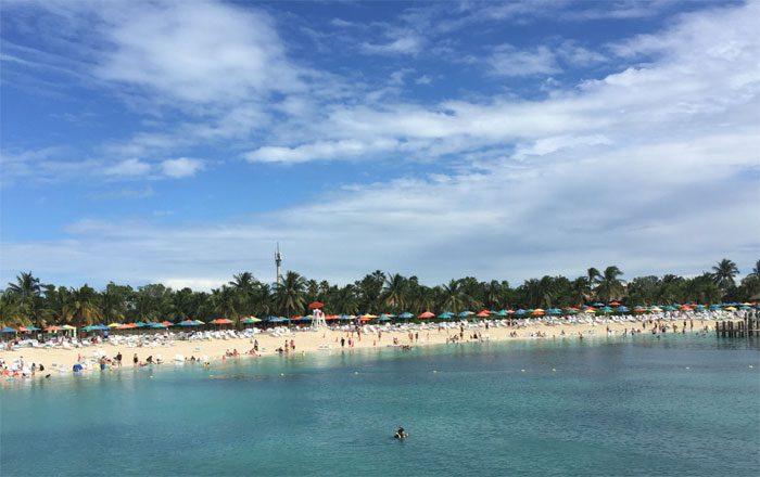 Na Ilha Castway Cay os operadores desfrutaram dos serviços Disney em terra