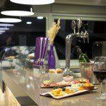Novotel Santos faz happy hour de comemoração a 2017