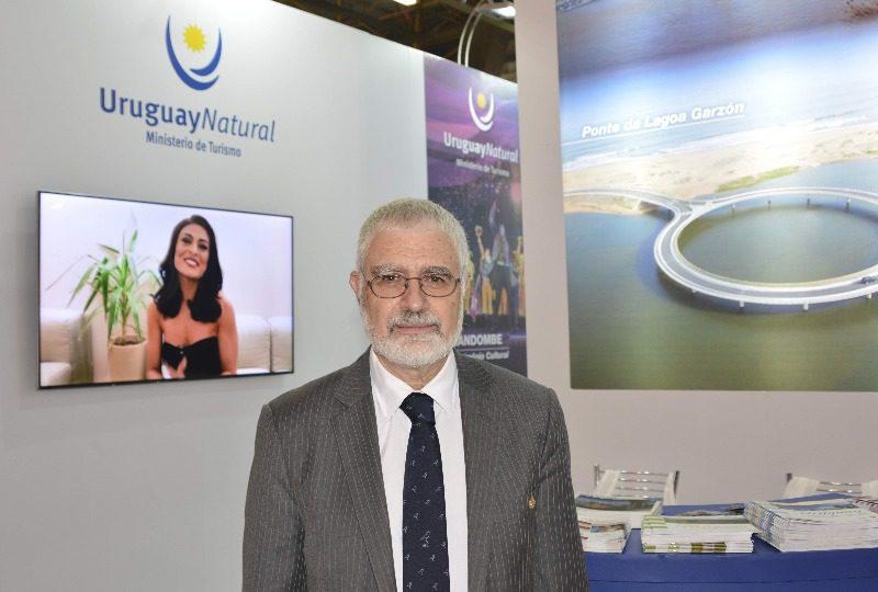 Benjamin é um dos fundadores do Museu do Carnaval do Uruguai (Crédito: Pasaporte News)
