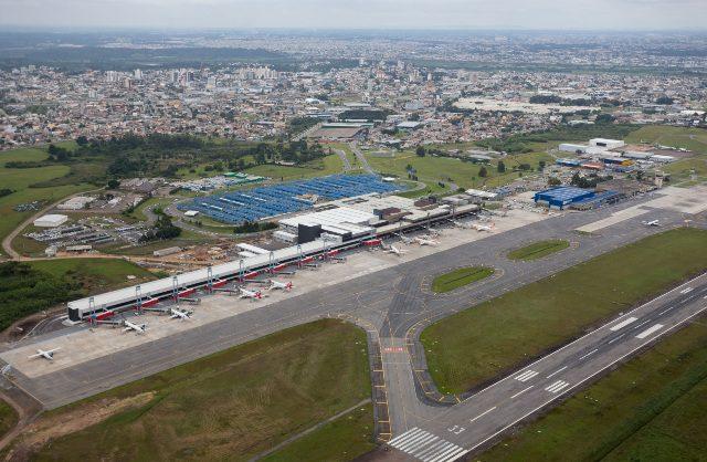 Seis empresas ligam Curitiba à 16 destinos brasileiros, Buenos Aires, na Argentina, e Assunção, no Paraguai. (Crédito: divulgação)
