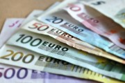 Empresas da zona do euro iniciam 2018 na máxima em uma década, mostra PMI