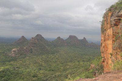 No meio do Cerrado, as Sete Marias