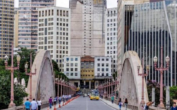 Belo Horizonte, para ficar três dias, segundo o El País