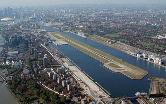 Aeroporto da Cidade de Londres é fechado devido a descoberta de bomba da 2ª Guerra no Tâmisa