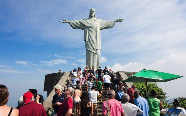 Brasil quer dobrar número de turistas estrangeiros e gerar 2 milhões de empregos