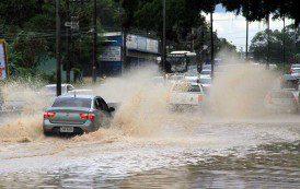 Chuva forte provoca alagamentos em vários pontos do Rio de Janeiro