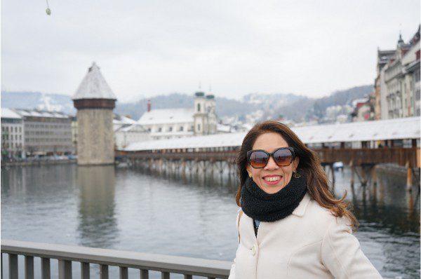 Jornalista Adriana Reis na ponte da Capela - ©oqvpm ®