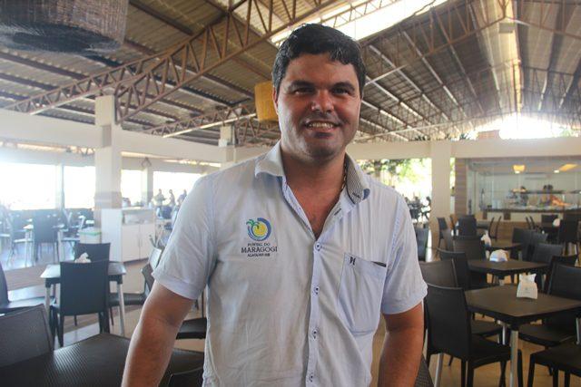 """O gerente geral do Pontal do Maragogi, Rilson Nascimento: """"400 visitantes por dia"""" (Crédito: Paulo Atzingen)"""