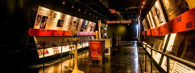 O tour cervejeiro propõe o conhecimento histórico e econômico da cerveja no contexto regional e nacional
