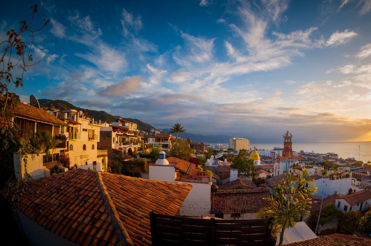 Puerto Vallarta tem foco na expansão turística com abertura e reformas de hotéis