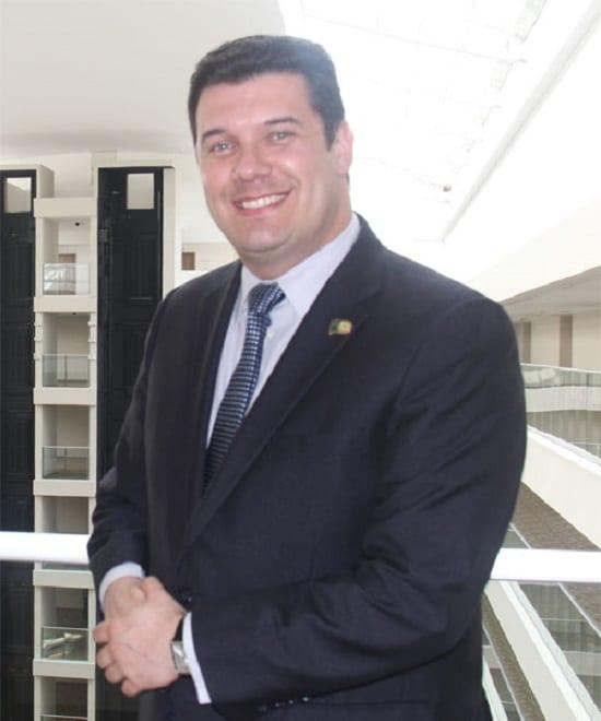 Fernando Macedo, gerente geral do Bourbon Assunção: o paranaense de coração paraguaio