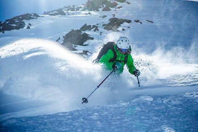 Valle Nevado oferece aulas de esqui e snowboard para todos as idades