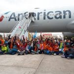 American Airlines promove ação social para 200 crianças