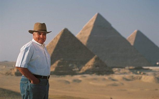 Arqueólogo Zahi Hawass vem ao Brasil falar de Múmias, Pirâmides e reis egípcios