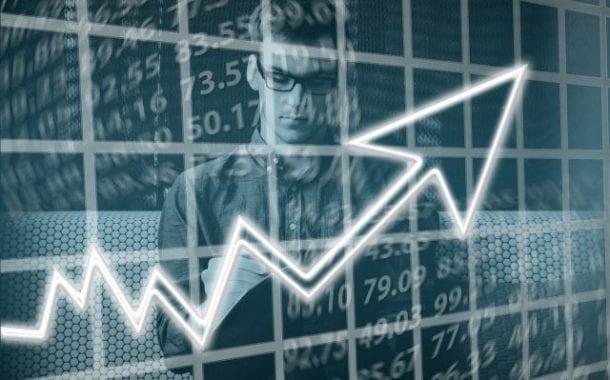 CNC prevê que 46% da segunda parcela do 13º salário será gasta no comércio