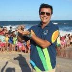 DIÁRIO acompanha soltura de tartaruguinhas promovida pelo projeto Tamar e Costa do Sauípe