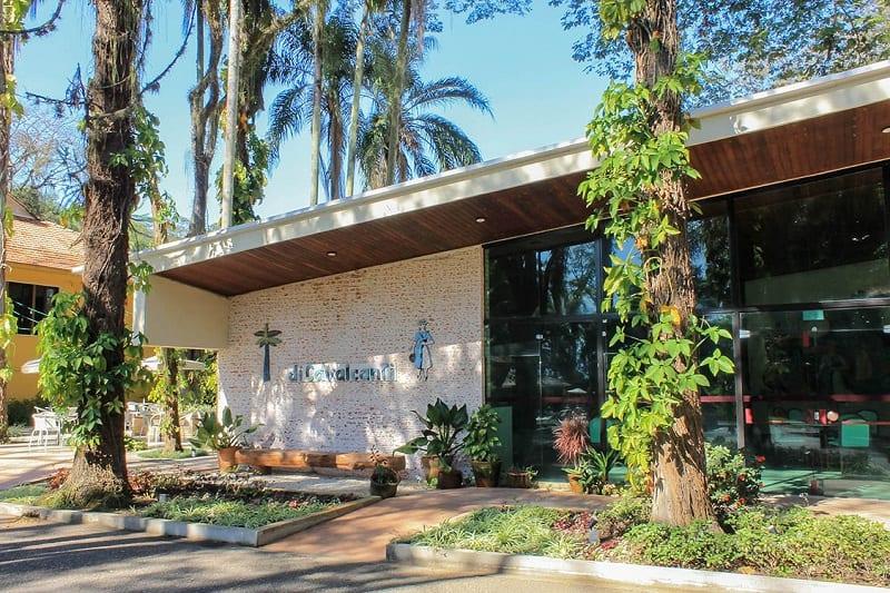 Hotel & Golf Club dos 500:conexão com a natureza e a arte
