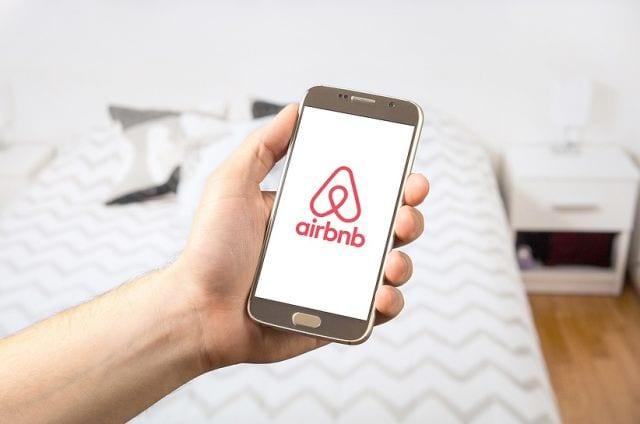Airbnb registra mais de 228 mil chegadas de hóspedes no Brasil para o período de Carnaval