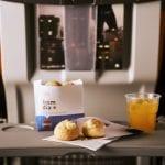 Gol Linhas Aéreas inclui no serviço de bordo gratuito, pães de queijo e hambúrguer em rotas nacionais