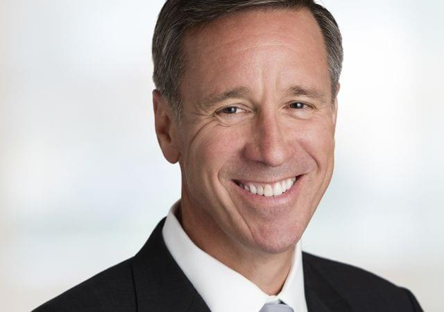 CEO da Marriott International, Arne Sorenson, depõe no senado dos Estados Unidos sobre a violação de dados de clientes da Starwood