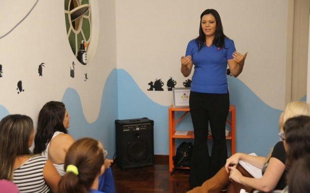 Amanda Ribeiro, da Incluir Treinamentos: