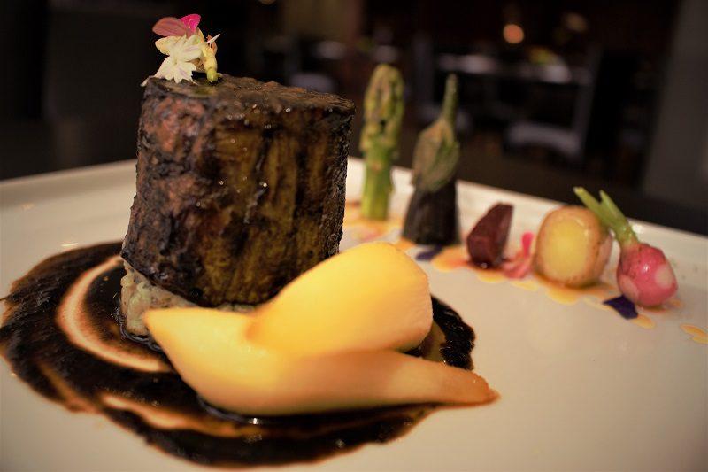 Restaurantes em São Paulo têm menus especiais para a Páscoa