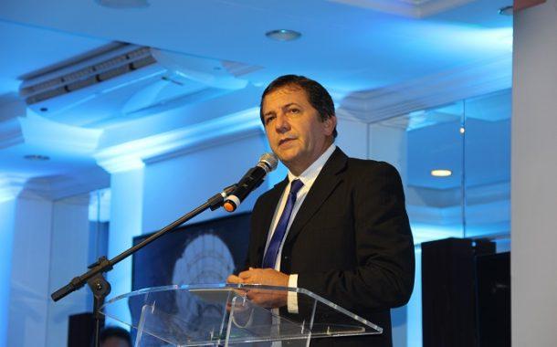 Chico Brasileiro, prefeito de Foz do Iguaçu, fala ao DT, durante Fórum de Investimento