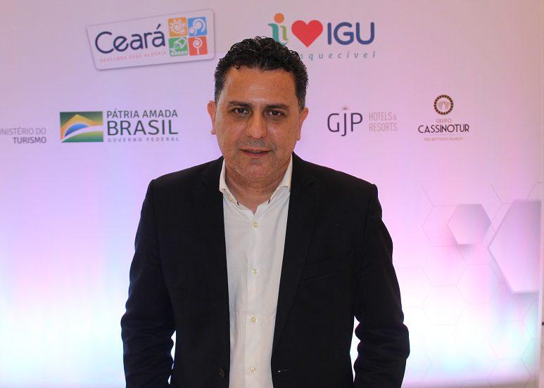 Gilmar Piolla, secretário de turismo de Foz do Iguaçu, fala sobre obras no aeroporto de sua cidade