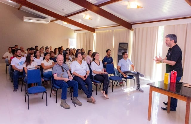 La Torre Resort realiza treinamento sobre Persuasão em Vendas