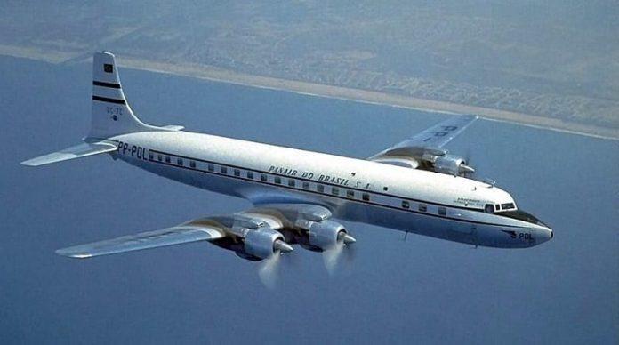 Panair - Douglas D-C7 - diariodoturismo