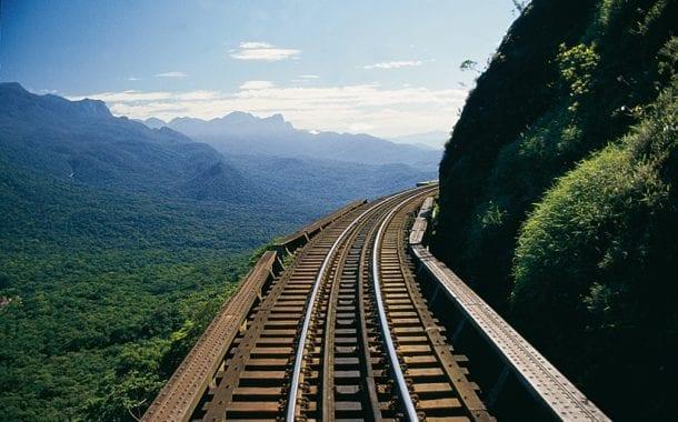 Serra Verde Express extingue uso de canudos de plástico no trem