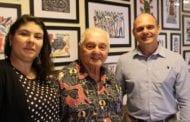 Ramada Suítes Recife dá destaque ao cordel pernambucano de J.Borges